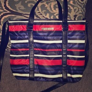 Cross body Tommy Hilfiger purse